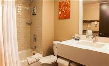 The Concordia - Bathroom